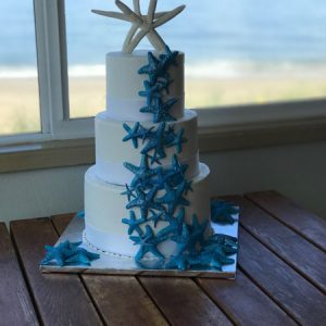 Oregon Coast wedding starfish cake